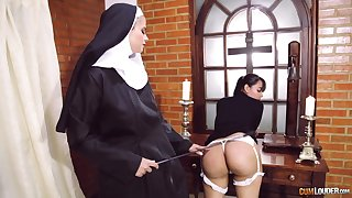 Kinky nun puts her strapon to great use when disciplining a main