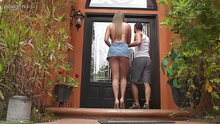 Romantic American make obsolete Ashley Red is a good blowjob masterly